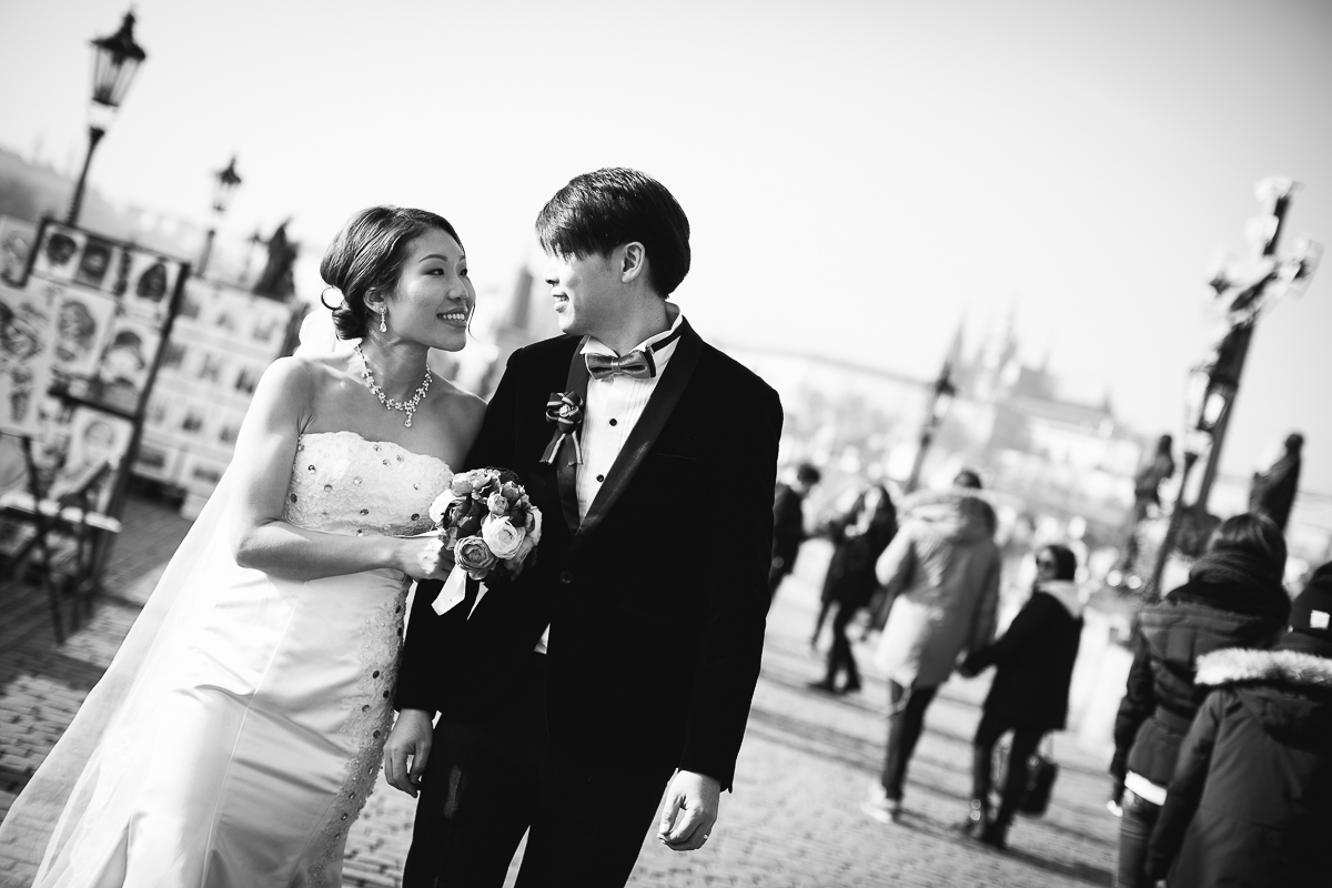 pre-wedding photos Prague
