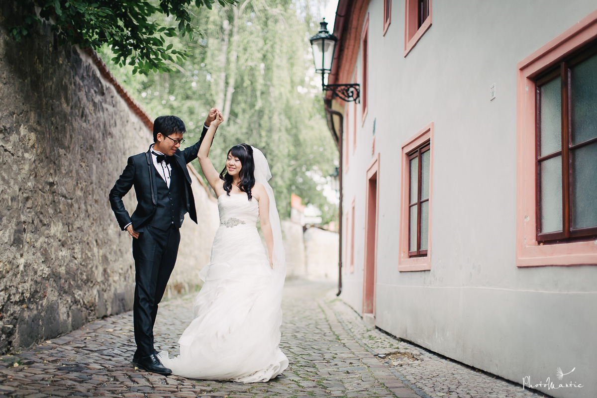 prewedding photos Prague
